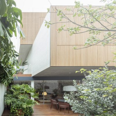 Lima House design by studio mk27