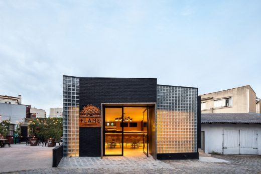 Flame Casual Bar Curitiba design by Brazilian Architect