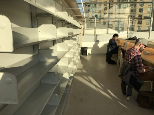 Hunters Point Public Library, Queens, New York users shelves - Shameful architecture scandal