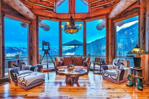 Mitt Romney's Utah Mountain Ski Home