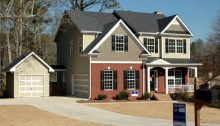 Spruce Up Your Home's Exteriors Before Selling