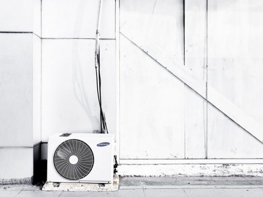 Top Considerations When Hiring AC Repair Service