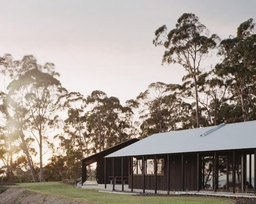 Two Sheds Retreat Lorne Victoria