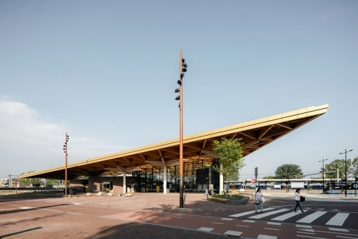 Assen Station building wooden roof