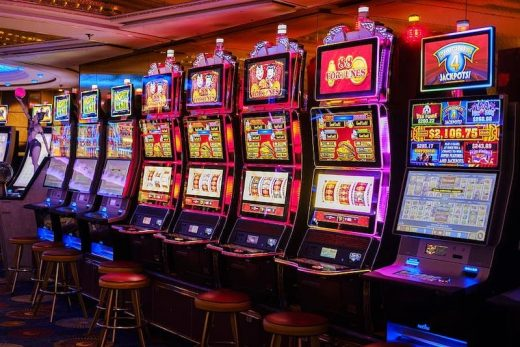 How the design of slot machines appeal to us