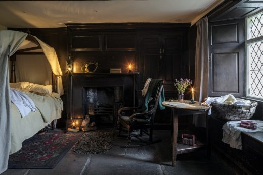 Dove Cottage, Downstairs lodging room - William and Mary Wordsworth's bedroom