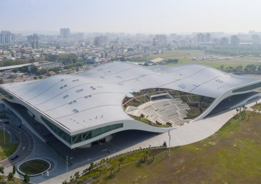 National Kaohsiung Centre for the Arts Korea building