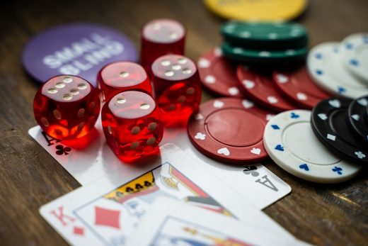 Why online casinos are attractive for gamblers