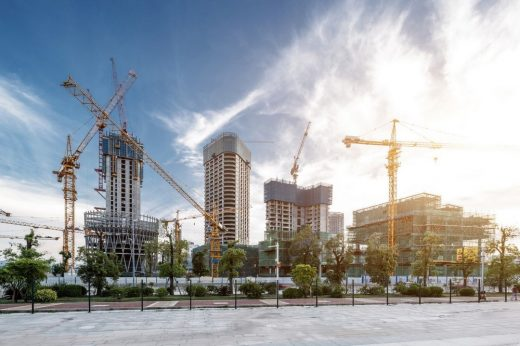 Builder's guide to 7 types of construction cranes
