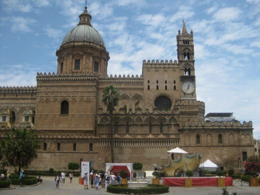 Palermo Architecture Walking Tours: Cathedral Building