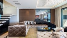 Contemporary duplex property in Cannes
