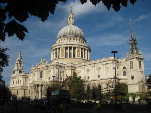 St Pauls Cathedral London building by Christopher Wren Architect