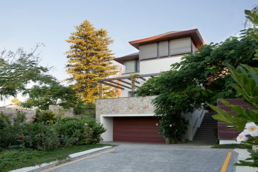 Perth home design by Neil Cownie Architect