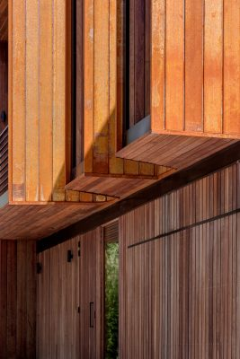 New Canberra home by Ben Walker Architects