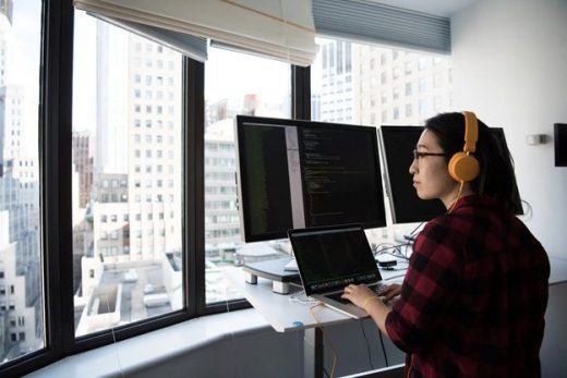 Standing Desks on the Market Right Now