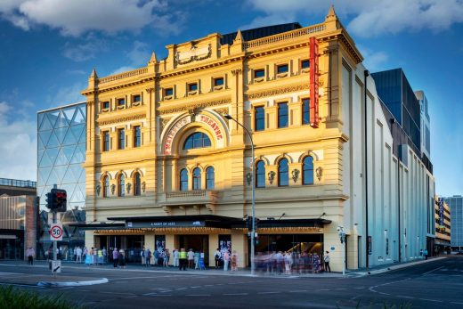 Her Majestys Theatre Adelaide
