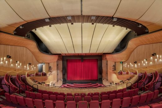 Her Majesty's Theatre Adelaide