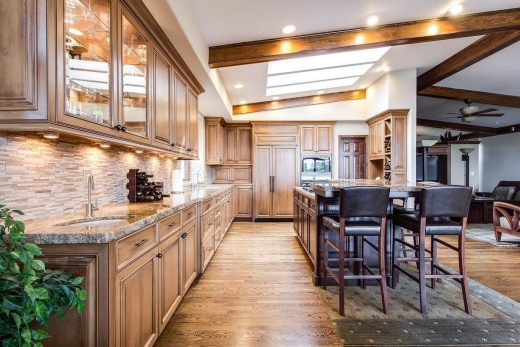 5 unique features to include in luxury home