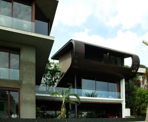 Singapore luxury residence design by Aamer Architects