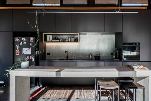 Bimbadeen House Victoria by Lachlan Shepherd Architects
