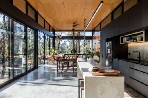 Bimbadeen House Victoria dezign by Lachlan Shepherd Architects
