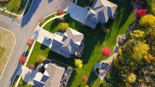 Buying a House? Find the Right Neighborhood