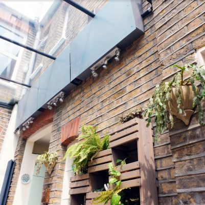 Yin and Yang of Extensions, Chiswick London