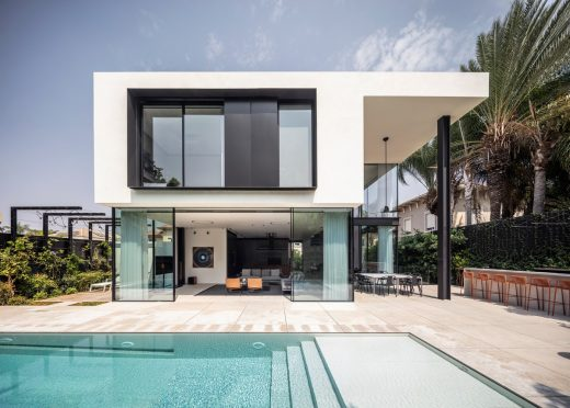 S5 home With A Ribbon Envelope in Israel