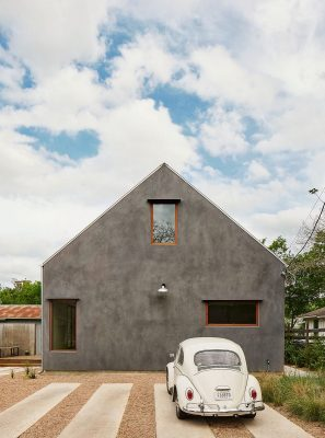 Reimagined Adobe house in East Austin, Texas