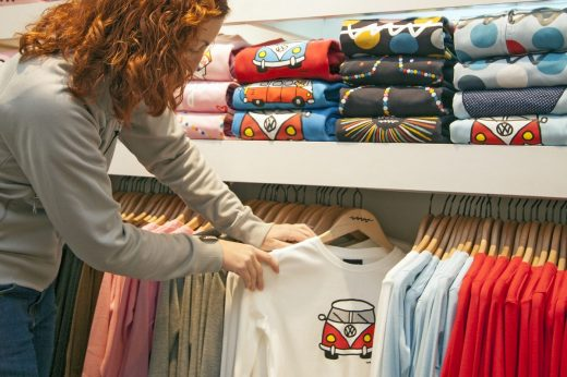 Set up your online T-shirt business easy tips