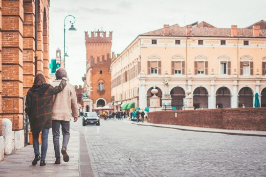 How to Find a Travel Partner