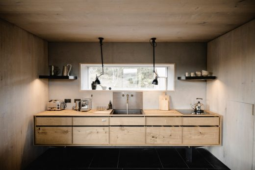 Kyle House Sutherland kitchen by Groves-Raines Architects Studios