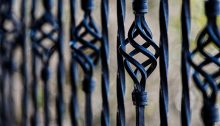 Reasons to hire a professional fence contract guide